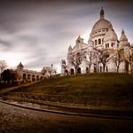Photographie en pause longue sur la butte Montmartre